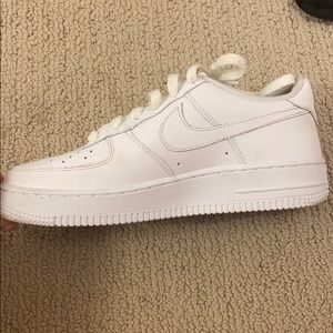 White Nike Forces (RIGHT SHOE ONLY)
